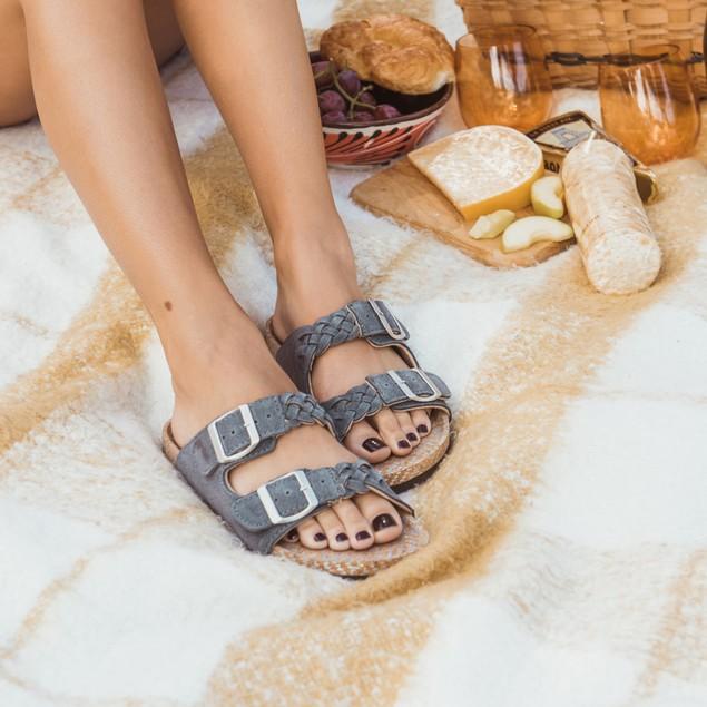 MUK LUKS Women's Juliette Sandals