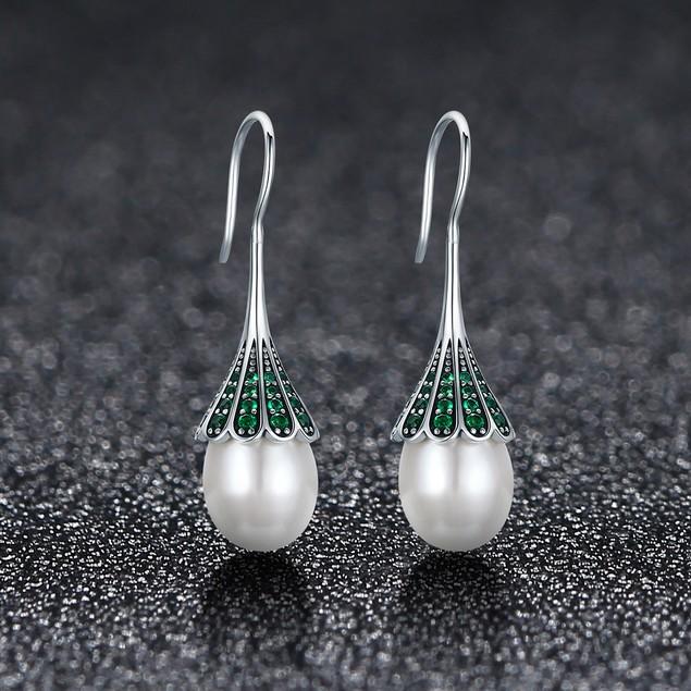 Sterling Silver (solid) Freshwater pearl Zirconia vintage dangle earrings