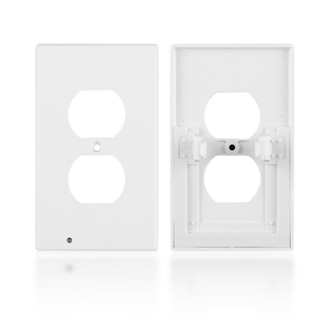 4-Pack Outlet Cover with Built-In LED Night Light