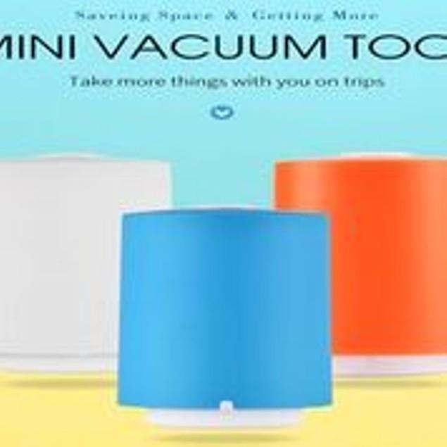 Portable Mini Vacuum Machine Food Preservation And space Saver Plus 5 bags