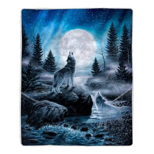 Sherpa Fleece Throw Blanket- Howling Wolf Pattern, Lightweight