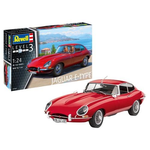 Jaguar E-Type Coupe Car 1:24 Scale Level 3 Revell Model Kit