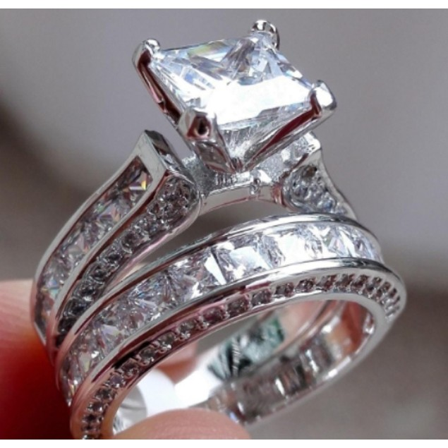 18Kt White Gold Plated Double Engagement Ring Set