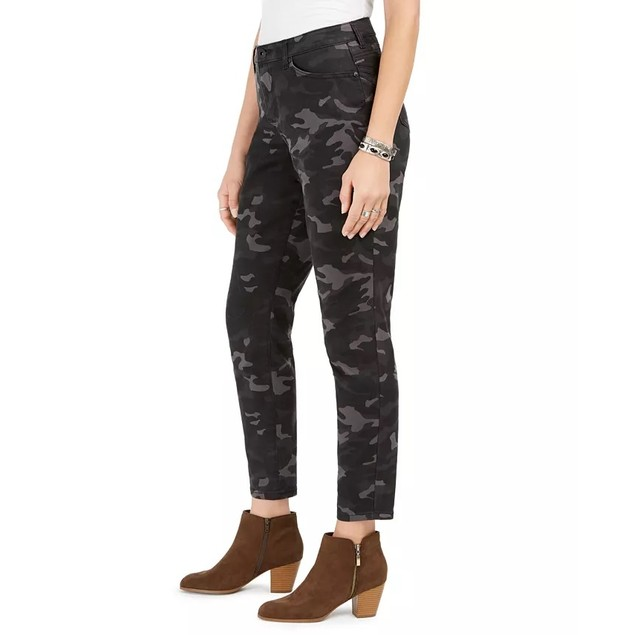 Style & Co Women's Printed Curvy Skinny Jeans Black Size 6