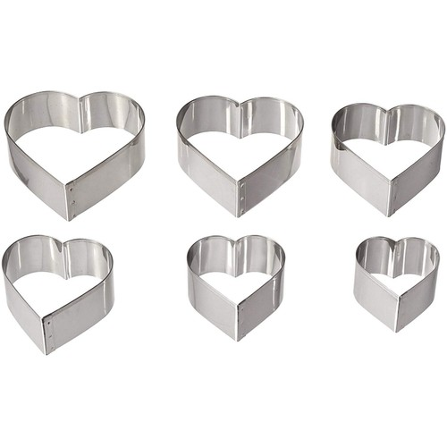 August Thomsen Corp Stainless Steel Ateco Graduated Heart Cookie Cutters, 6