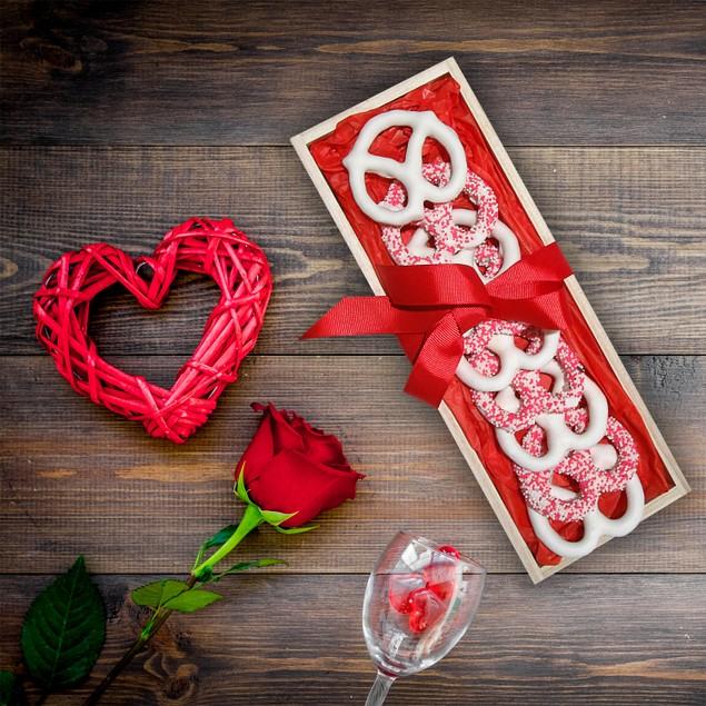 Hand Dipped Fresh Dark Chocolate Covered Pretzels - Romantic Tray