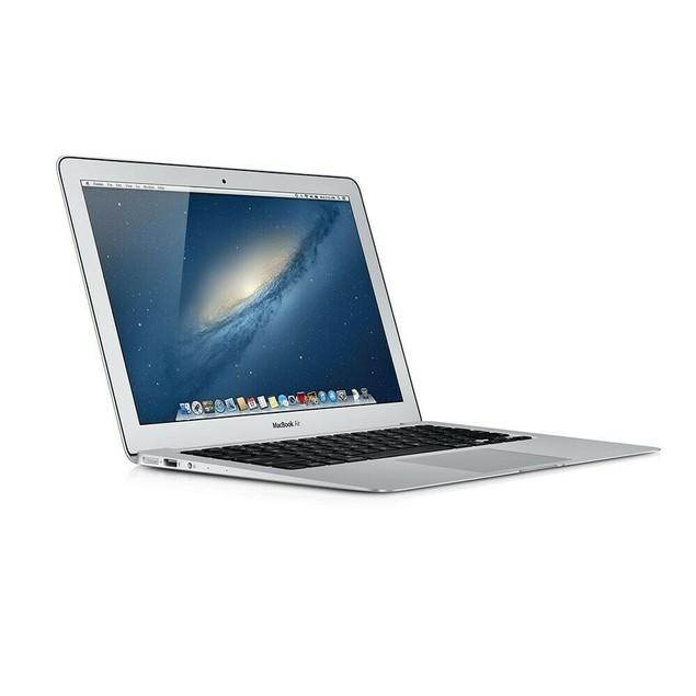 "Apple MacBook Air Laptop Core i5 1.6GHz 4GB RAM 128GB SSD 11"" MC969LL/A - B Grade"