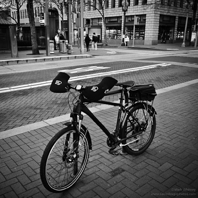 Bar Mitts Mountain/Flat/Commuter Pogie Handlebar Mittens, Black - Medium
