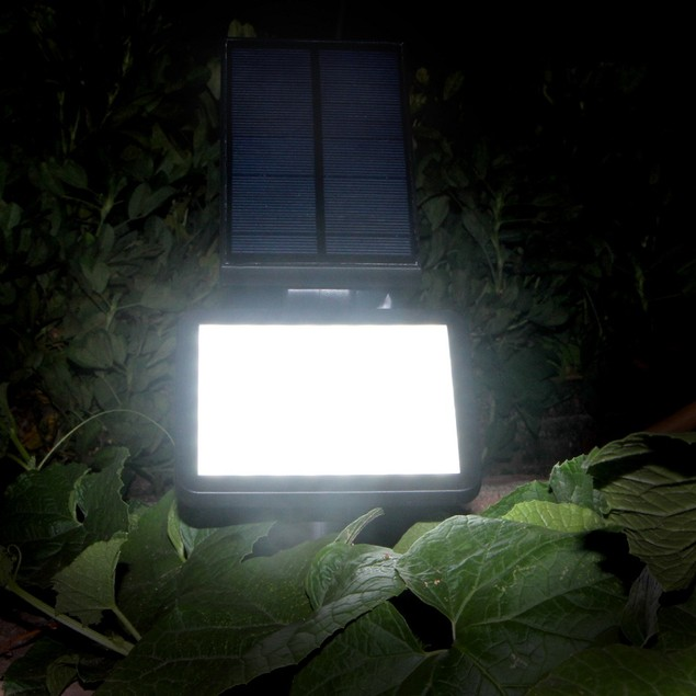 AGPtek® Outdoor SpotLight Solar Wall Lamp Waterproof Security Night Light