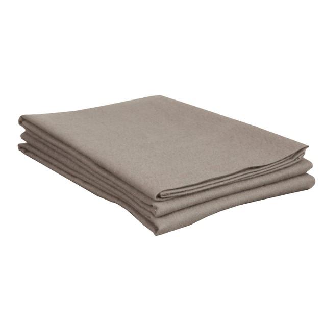 Blue Nile Mills Solid Cotton Flannel Pillowcase Set
