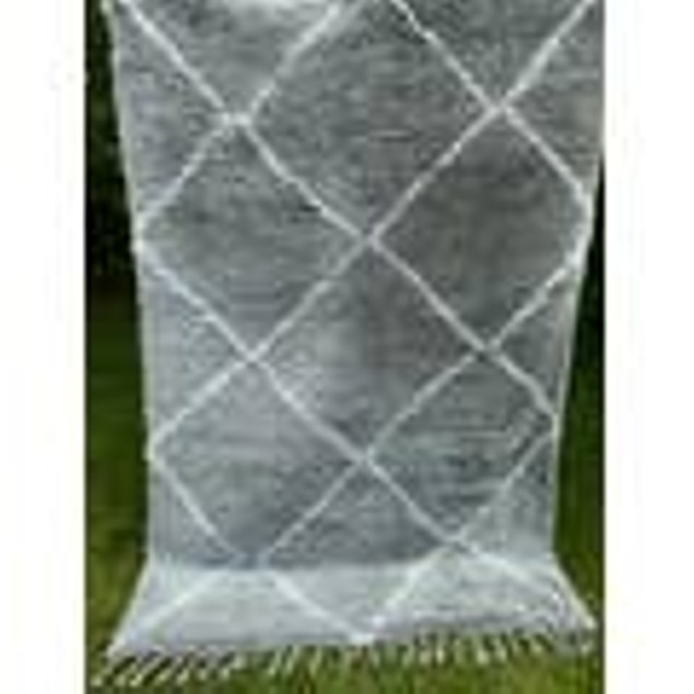 Shiner Gray Moroccan Hand Knotted Trellis Shaggy Dimond Area Rug 5'x8'