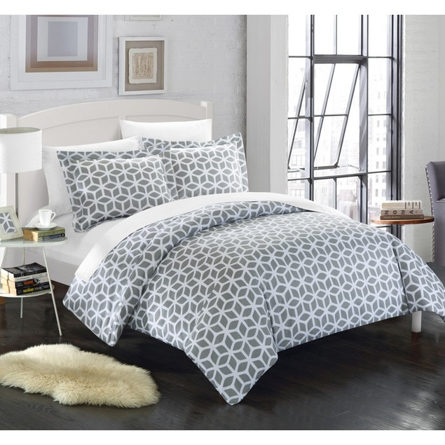 Chic Home 2/3 Pc. Callista Diamond Printed Reversible Duvet Cover Set
