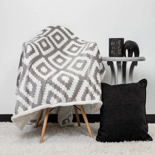 Kensie Super-Soft Reversible Sherpa Fleece Throw Blanket