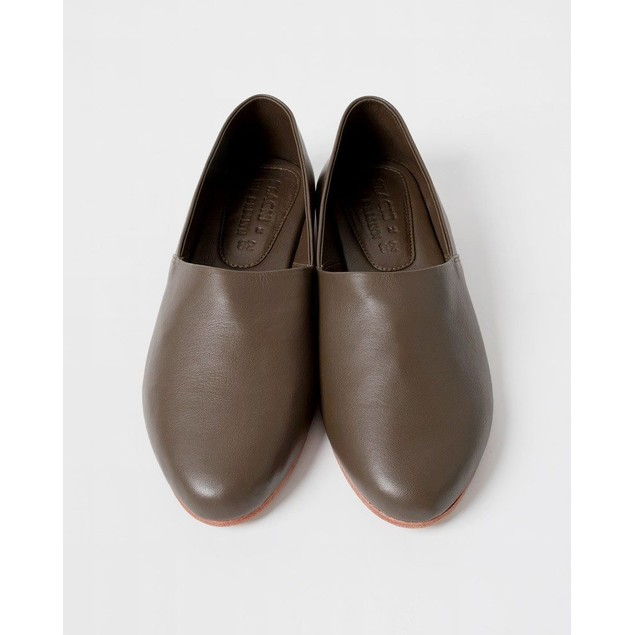 St. AGNI Women's George Glove Shoe - Olive Leather Size 38