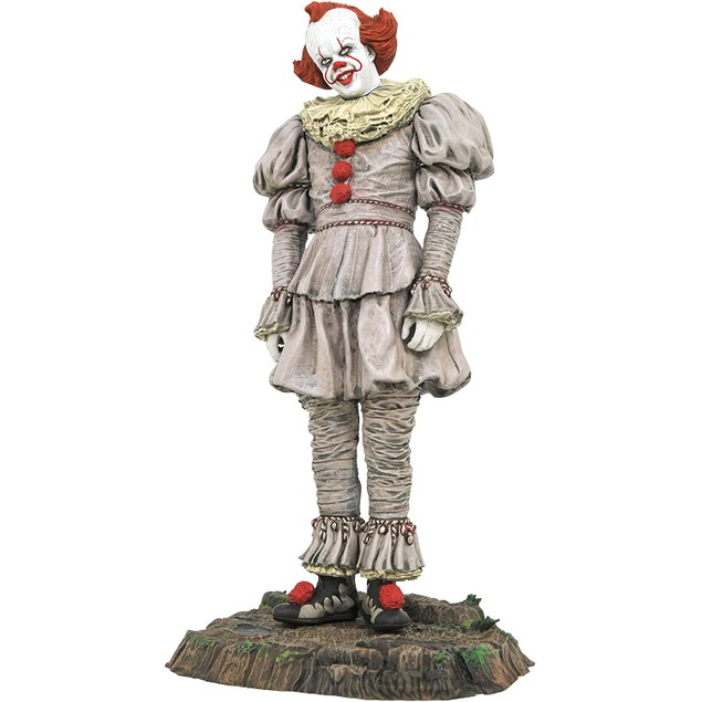 Diamond Select Toys IT Chapter 2 Pennywise Swamp Edition PVC Statue