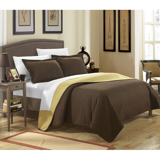 Chic Home 3 Pc. Leona Reversible Color Block design Quilt with Shams Set