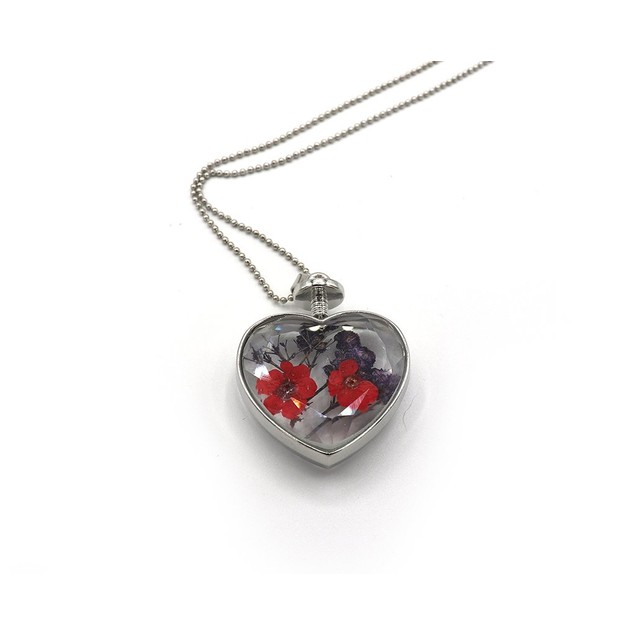 Novadab Dried Flower Heart Pendant Necklace