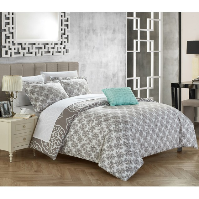 Chic Home 3/4 Pc. Onie Reversible Two-Tone Medallion Print Duvet Cover Set