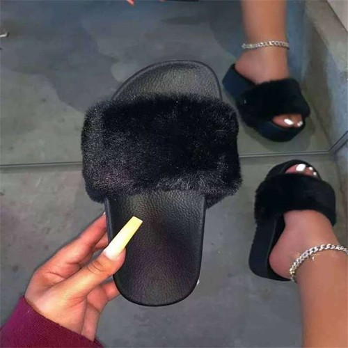 Female One-Word Plush Slippers Plus Size