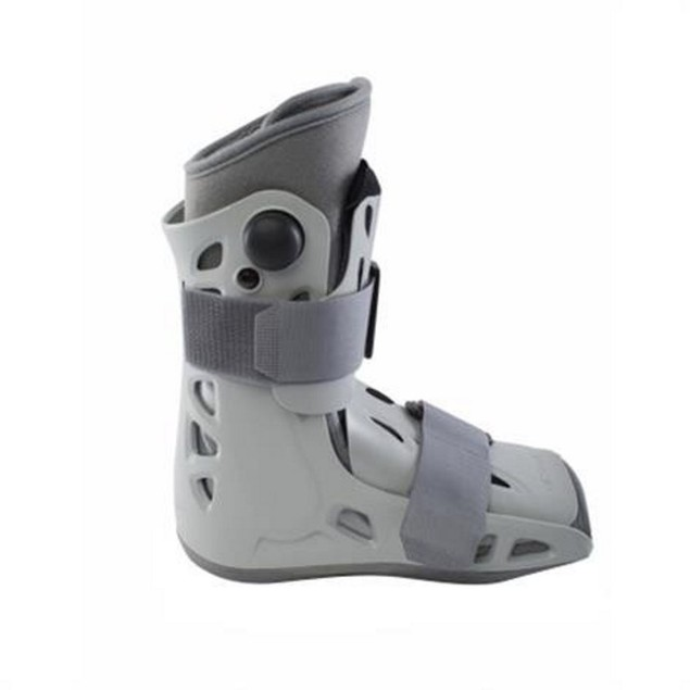 Aircast 01ES-S Airselect Short Walking Boot w/ Soft Strike Technology,