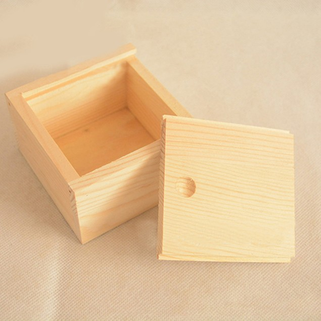 Vintage Simple Plain Wooden Necklace Jewelry Small Gadgets Storage Box