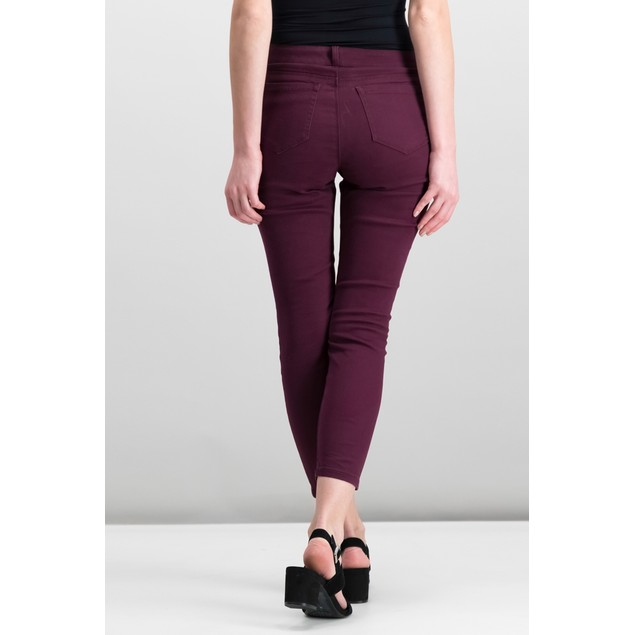 Style & Co Women's Curvy-Fit Skinny Jeans Berry Jam Size 16