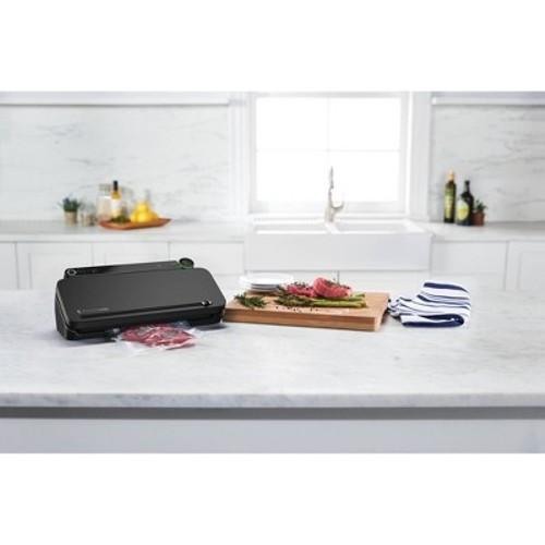 FoodSaver Vacuum Sealer - VS3120