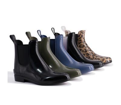 Aus Wooli Australia Waterproof Women's Rainboots With Sheepskin Insole Was: $129 Now: $31.49.