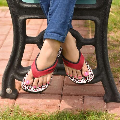 AEROSOFT Leopard Comfortable Thong Summer Casual Flip Flops for Women