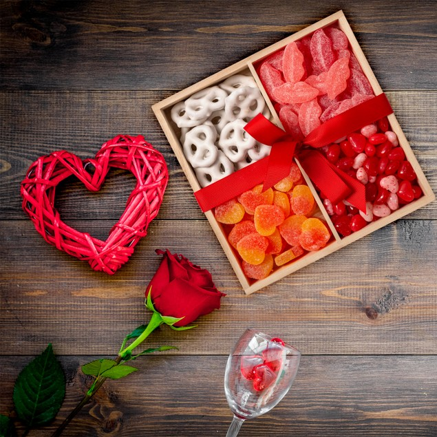 Valentine's Gourmet Chocolate & Candy Gift Sets
