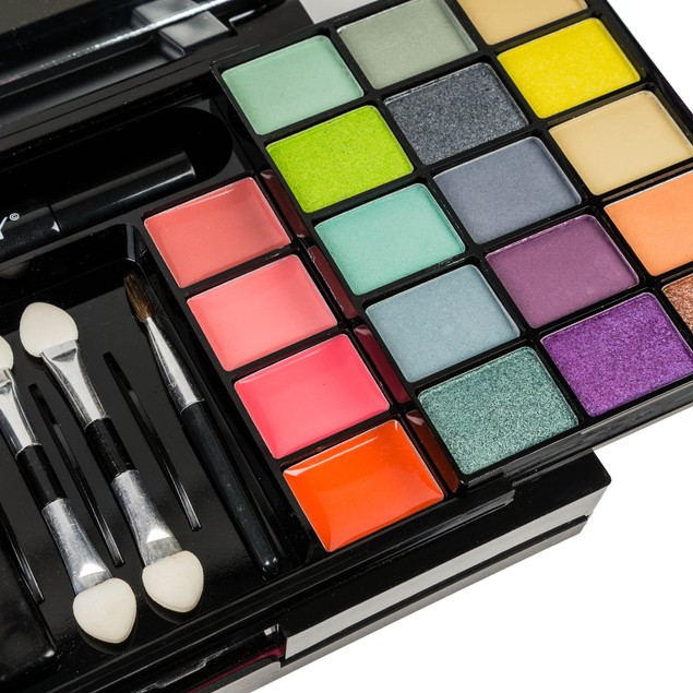 SHANY 'Fix Me Up' Makeup Kit