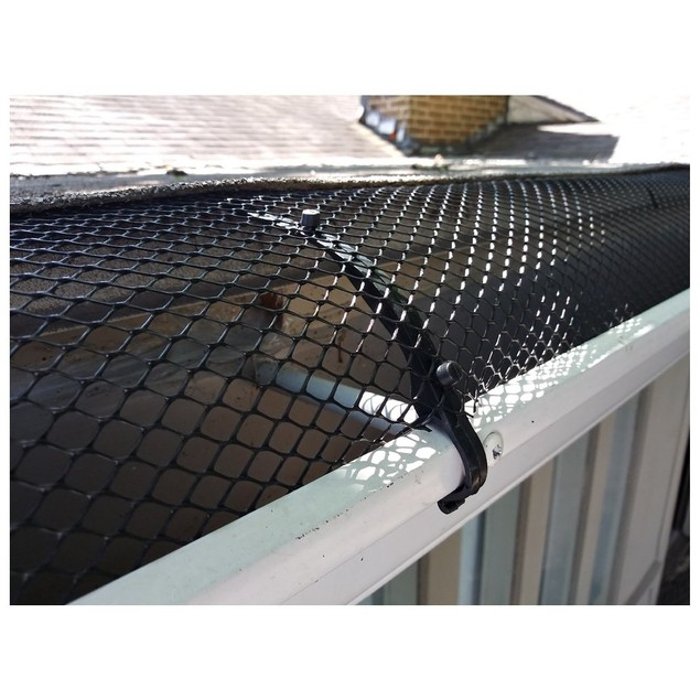 Gutter Guard Mesh with Clip Hooks