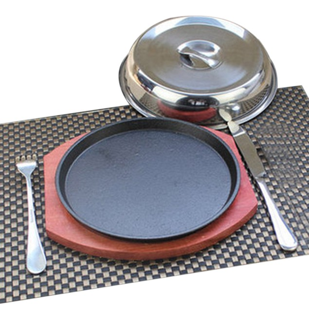 Grilled Fillet Steak rosewood bottom 25cm iron plate serving board fork