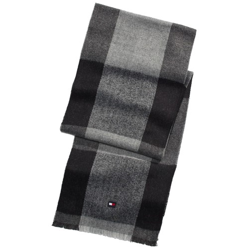 Tommy Hilfiger Men's Oversized Buffalo Plaid Scarf Black Size Regular