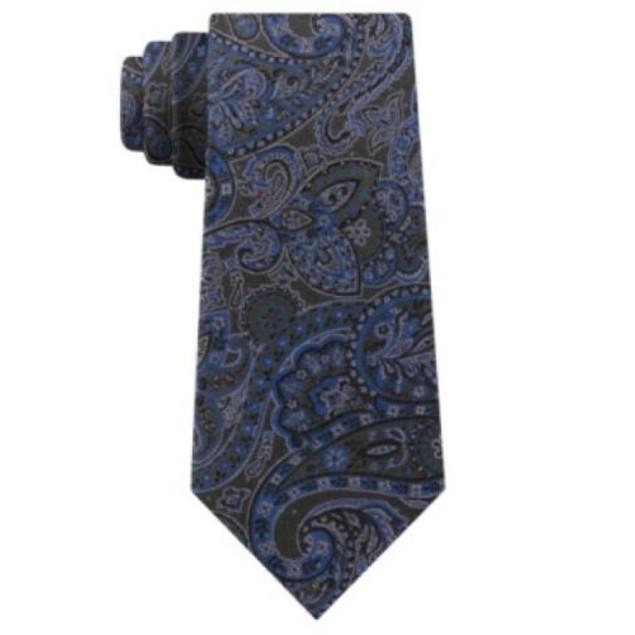 Michael Kors Men's Balanced Classic Paisley Silk Tie Green Size Regular