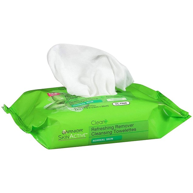 Garnier Skincare Cleanser The Refreshing Remover Cleansing Towelette, 25 Ct