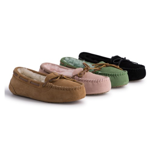 Aus Wooli Australia Women's Stylish Sheepskin Lace Moccasin