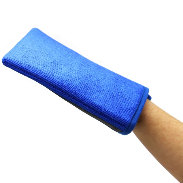 Car Cleaning Clay Mitt | Pukkr