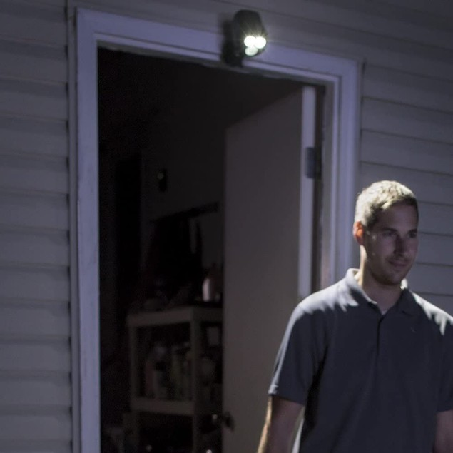 Mr Beams Outdoor 450 Lumen Battery Powered Motion Activated LED Spotlight