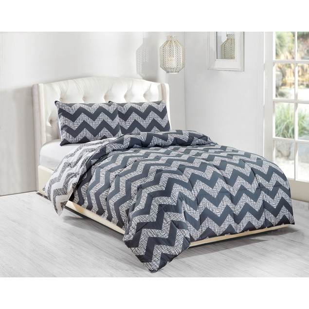 3-Piece Chevron Print Ultra-Soft Down Alternative Reversible Comforter Set