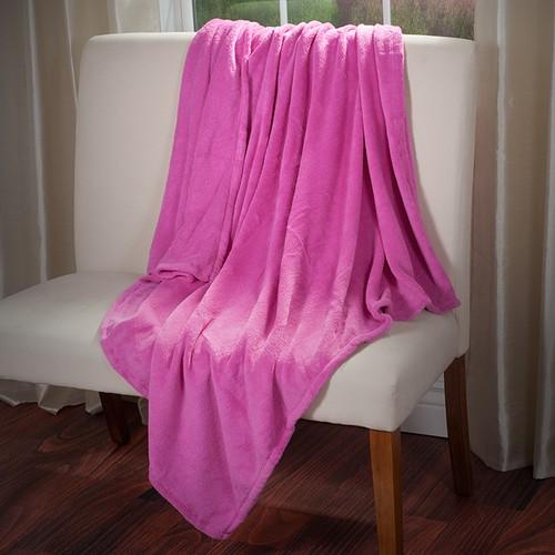 Everyday Home Soft Velvet Fleece Throw Blanket- Pink
