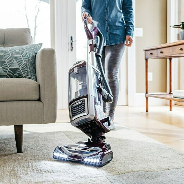 Shark Rotator Lift-Away NV750W Upright Vacuum