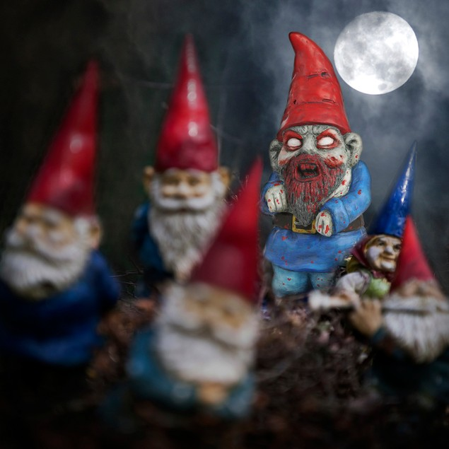 Zombie Garden Gnome Lawn Ornament Halloween Decoration Funny Novelty Gift