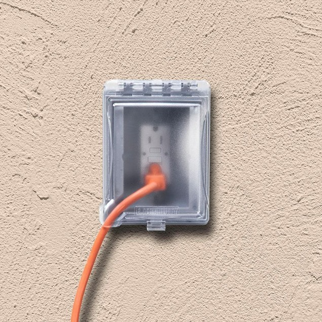 TayMac 1-Gang Extra Duty Recessed Outlet In-Use Device Cover Kit,