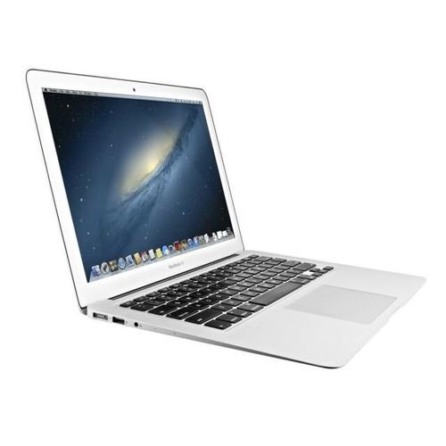 """Apple 13.3"""" MacBook Air MD761LL/A  (4GB RAM, 256GB SSD) - Grade A"""