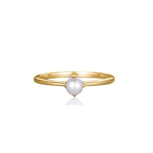 18k Gold Delicate Pearl Ring