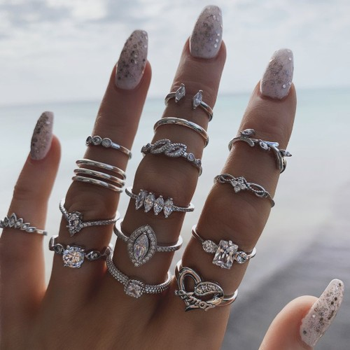 15 Sets Of Women's Joint Rings