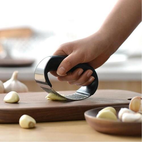 Garlic Press Rocker Curved Stainless Steel Garlic Masher Crusher Gadget