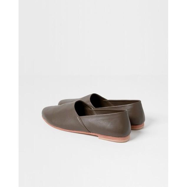 St. AGNI Women's George Glove Shoe - Olive Leather Size 40