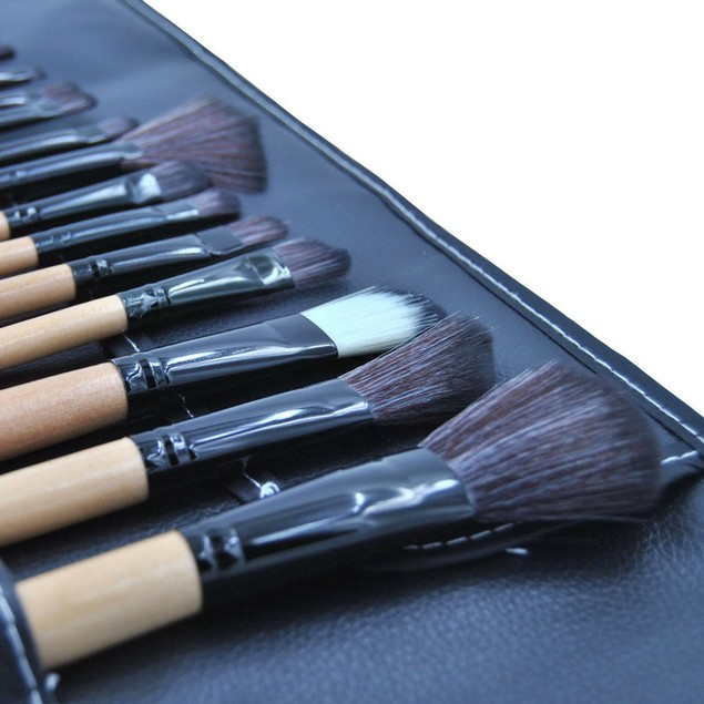 18pcs Cosmetic Makeup Brushes Set Contour Eyebrow Lip EyeShadow Brush Wood